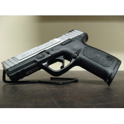 USED: Smith & Wesson SD40VE 40SW
